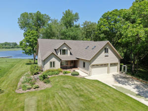 Property for sale at S35W38226 Dolmar Park Dr, Dousman,  Wisconsin 53118