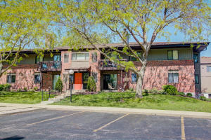 Property for sale at 354 Park Hill Dr Unit: A, Pewaukee,  WI 53072