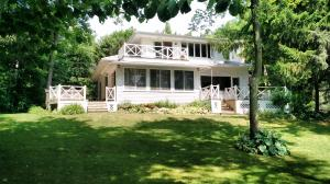 Property for sale at N64W31243 Beaver Lake Rd, Hartland,  WI 53029