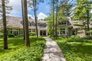 Property for sale at 4425 N Sawyer Rd, Oconomowoc,  WI 53066