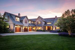 Property for sale at 165 Fieldstone Rd, Delafield,  Wisconsin 53018