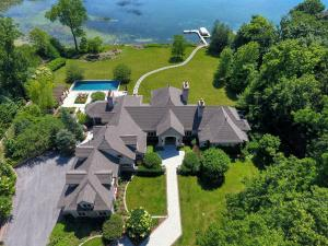 Property for sale at 3934 N Hickory Ln, Oconomowoc,  Wisconsin 53066