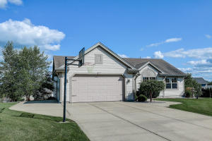 Property for sale at N608 North Ave, Oconomowoc,  Wisconsin 53066