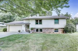 Property for sale at 782 Wexford Way, Hartland,  Wisconsin 53029