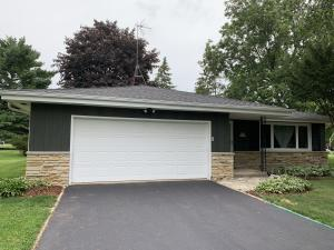 Property for sale at N58W39564 Sunnyfield Dr, Oconomowoc,  Wisconsin 53066