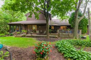Property for sale at W315N7677 State Road 83 Unit: 4, Hartland,  Wisconsin 53029