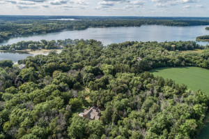 Property for sale at 31857 W Treasure Island Dr, Hartland,  Wisconsin 53029