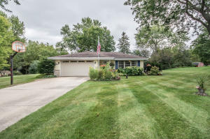 Property for sale at N66W28519 Long View St, Hartland,  Wisconsin 53029