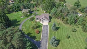 Property for sale at S39W33504 Deer Park Dr, Dousman,  Wisconsin 53118