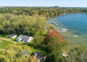 Property for sale at 37933 N Silverdale Rd, Summit,  Wisconsin 53066