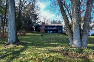 Property for sale at 681 Lac La Belle Dr, Oconomowoc,  Wisconsin 53066