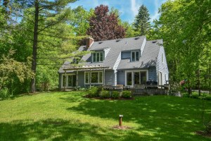 Property for sale at W307N6411 Shore Acres Rd, Hartland,  Wisconsin 53029