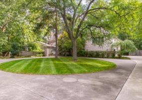 2072 Riverwood Drive, Okemos, MI 48864, 6 Bedrooms Bedrooms, ,5 BathroomsBathrooms,Residential,For Sale,Riverwood,231648
