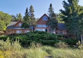 5884 Chippewa Drive, Harbor Springs, MI 49740, 5 Bedrooms Bedrooms, ,3 BathroomsBathrooms,Residential,For Sale,Chippewa,232996