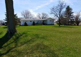 9105 Juddville Road, Elsie, MI 48831, 3 Bedrooms Bedrooms, ,2 BathroomsBathrooms,Residential,For Sale,Juddville,235707