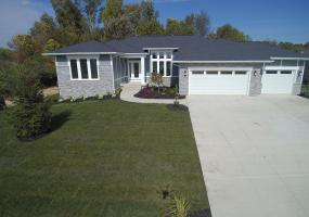 2156 Fresno Lane, East Lansing, MI 48823, 3 Bedrooms Bedrooms, ,3 BathroomsBathrooms,Residential,For Sale,Fresno,237122