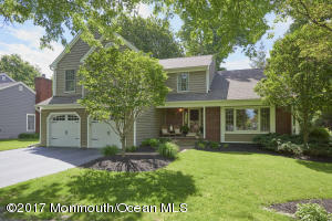 """This wonderful """"Gentry"""" colonial has 4 bedrooms, 2.5 bathrooms, two car garage and full finished basement located down the street from the near-by park."""