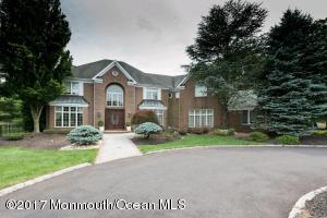 17 Burgundy Drive, Holmdel, NJ 07733