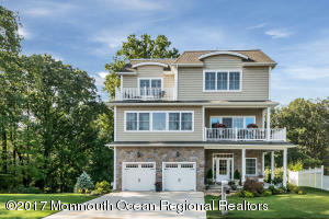 Two-year-old home in the great town of Atlantic Highlands, NJ