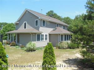 3 Maplewood Drive, Little Egg Harbor, NJ 08087