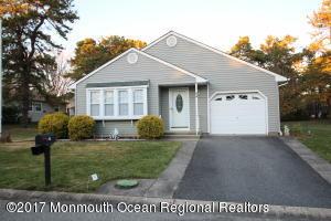 34 Penwood Drive, 55, Whiting, NJ 08759