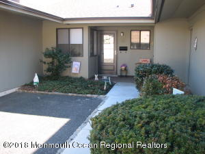 60 Ellsworth Court, Red Bank, NJ 07701