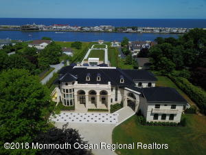 Property for sale at 27 N Ward Avenue, Rumson,  New Jersey 07760