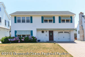 Property for sale at 104 Neptune Place, Sea Girt,  New Jersey 08750