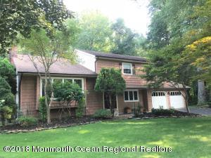 17 Robinson Road, Morganville, NJ 07751
