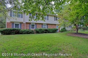 116 Heights Terrace, Middletown, NJ 07748