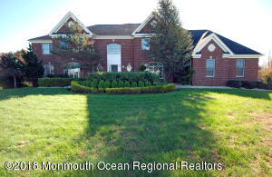 4 Jewel Court, Marlboro, NJ 07746