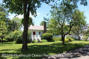 Property for sale at 1094 Cox Cro Road, Toms River,  New Jersey 08755