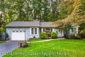52 Birchwood Court, Tinton Falls, NJ 07724