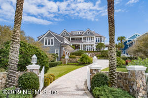 Elegant gated entrance and stunning curb appeal