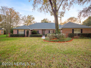 1821 COLONIAL DR, GREEN COVE SPRINGS, FL 32043