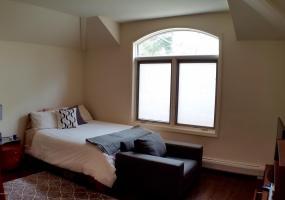 1 Seven Gables Road,Staten Island,New York,10304,United States,4 Bedrooms Bedrooms,8 Rooms Rooms,5 BathroomsBathrooms,Residential,Seven Gables,1101578