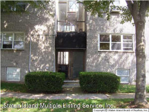 17 Old Town Road, 1j, Staten Island, NY 10304