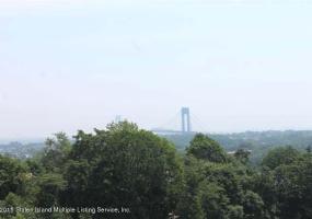 70 Lyman Place,Staten Island,New York,10304,United States,4 Bedrooms Bedrooms,10 Rooms Rooms,6 BathroomsBathrooms,Residential,Lyman,1116251