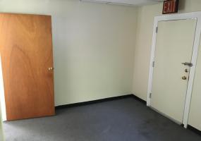 1st Floor Rear 56 Seguine Avenue,Staten Island,New York,10309,United States,Commercial,Seguine,1117995