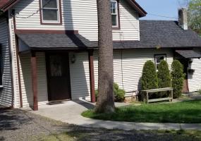 21 Alter Avenue,Staten Island,New York,10304,United States,3 Bedrooms Bedrooms,6 Rooms Rooms,2 BathroomsBathrooms,Res-Rental,Alter,1120649