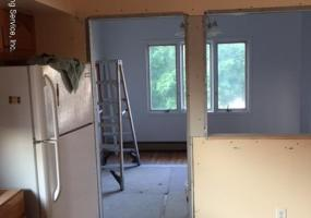 Upper 88 Linwood Avenue,Staten Island,New York,10305,United States,3 Bedrooms Bedrooms,6 Rooms Rooms,1 BathroomBathrooms,Res-Rental,Linwood,1121088