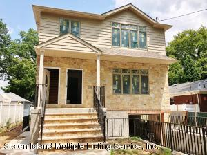 QUALITY NEW CONSTRUCTION 6/6 TWO FAMILY DETACHED HOME