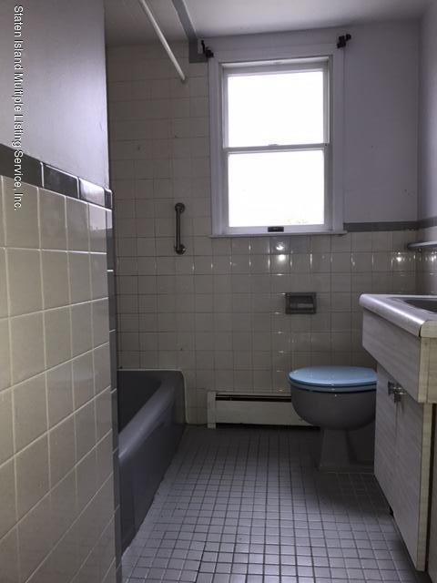 74 Venice Avenue,Staten Island,New York,10304,United States,2 Bedrooms Bedrooms,5 Rooms Rooms,1 BathroomBathrooms,Residential,Venice,1124150