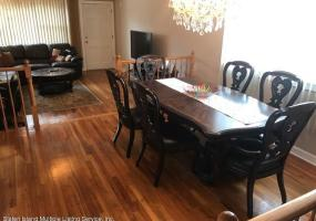 116 Railroad Avenue,Staten Island,New York,10305,United States,3 Bedrooms Bedrooms,6 Rooms Rooms,3 BathroomsBathrooms,Residential,Railroad,1124336