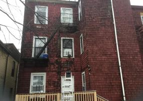 30 Layton Avenue,Staten Island,New York,10301,United States,2 Bedrooms Bedrooms,1 BathroomBathrooms,MultiFamily,Layton,1124384