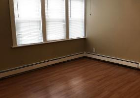 1 69 Bedford Avenue,Staten Island,New York,10306,United States,1 Bedroom Bedrooms,4 Rooms Rooms,1 BathroomBathrooms,Res-Rental,Bedford,1124388