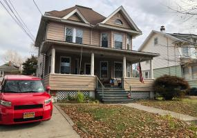 227 Oakland Avenue,Staten Island,New York,10310,United States,4 Bedrooms Bedrooms,9 Rooms Rooms,2 BathroomsBathrooms,Residential,Oakland,1124389
