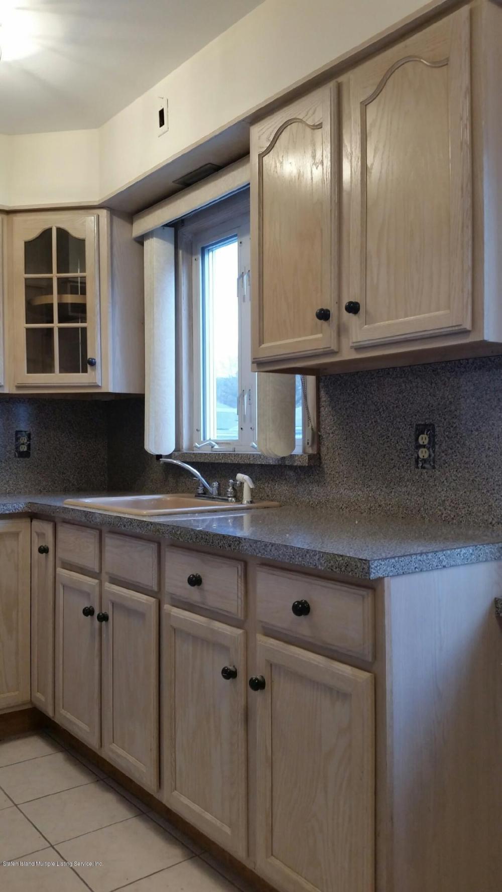 2 38 Alpine Court,Staten Island,New York,10310,United States,2 Bedrooms Bedrooms,4 Rooms Rooms,1 BathroomBathrooms,Res-Rental,Alpine,1124418