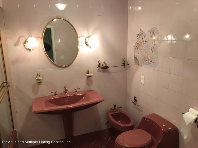 181 Titus Avenue,Staten Island,New York,10306,United States,3 Bedrooms Bedrooms,6 Rooms Rooms,2 BathroomsBathrooms,Res-Rental,Titus,1124463