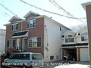 14 Pebble Lane, Staten Island, NY 10305
